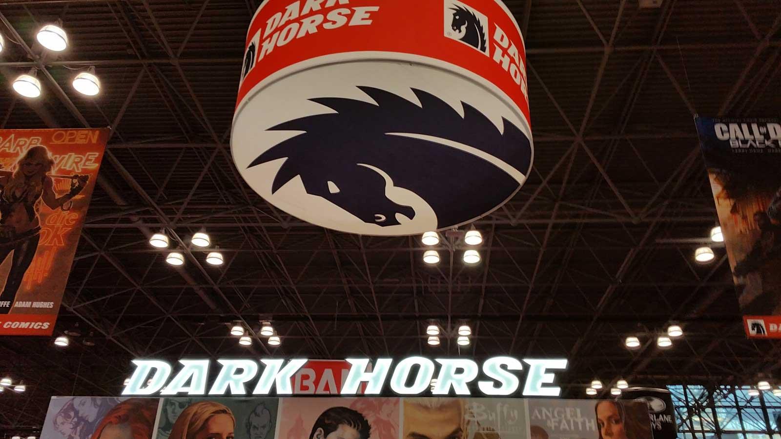 nyc-comiccon-dark-horse-display